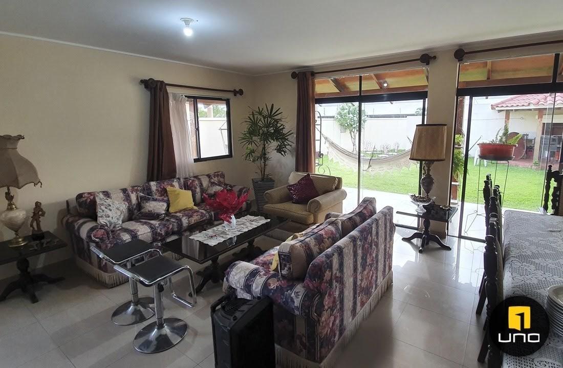 Casa en Alquiler Condominio Villa Ada, Zona El Remanso Foto 3