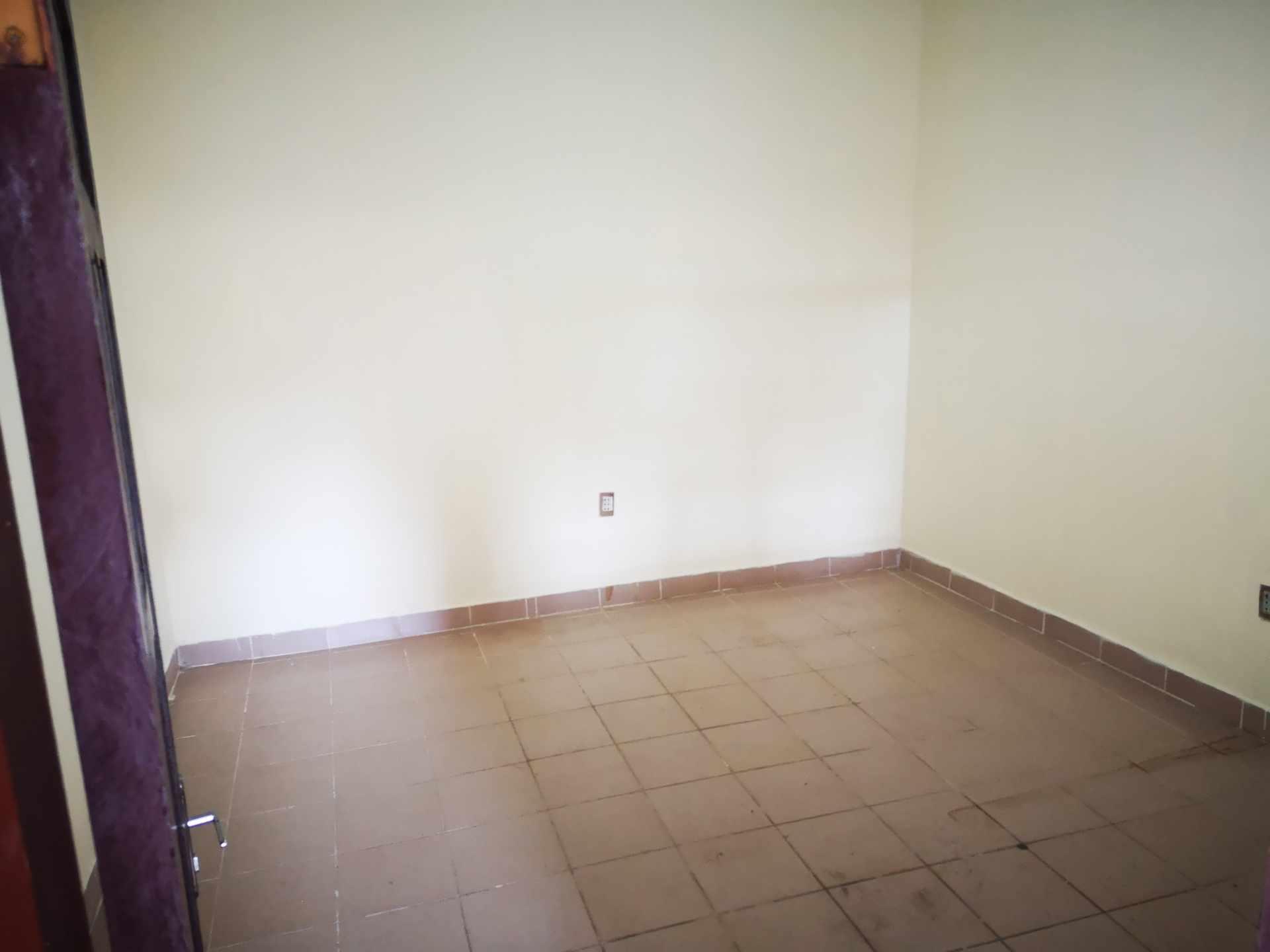 Casa en Alquiler Entre 4to y 5to anilo, entre Radial 10 y Av Sudamericana Calle Asoka Foto 5