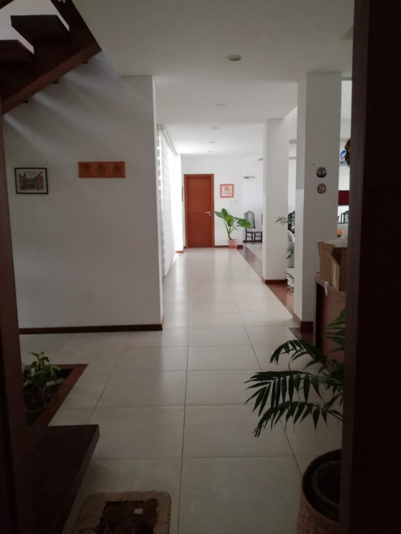 Casa en Alquiler Condominio exclusivo a pocos minutos del puente Urubó  Foto 20