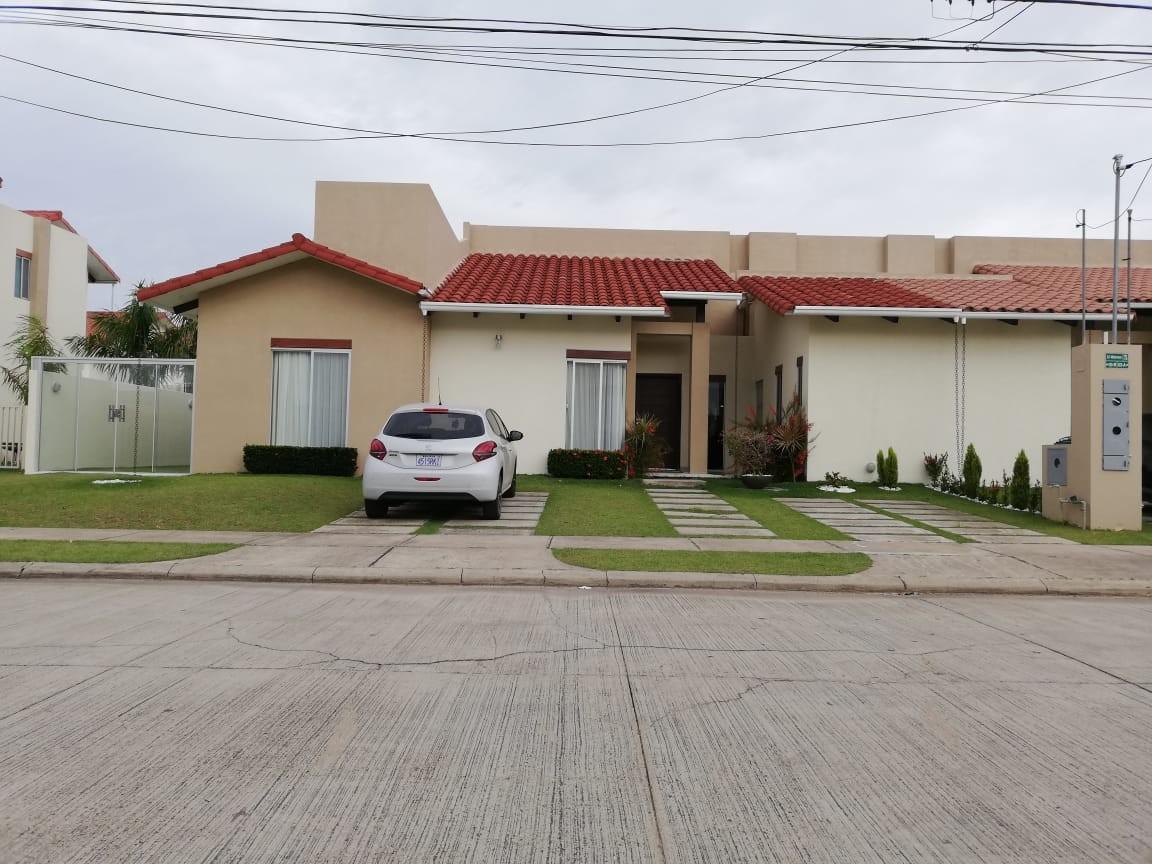 Casa en Venta Condominio Santa Cruz De la Colina Foto 12
