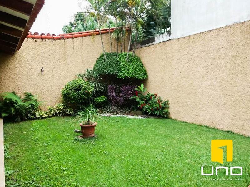 Casa en Venta GRAN OFERTA CASA DE 2 PLANTAS E EL BARRIO LAS PALMAS Foto 10