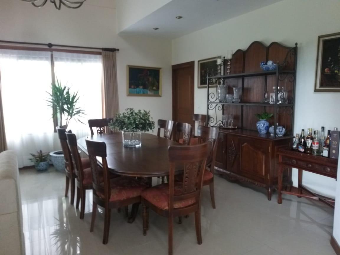 Casa en Alquiler URUBO, CASA EN ALQUILER 2500$ Foto 2