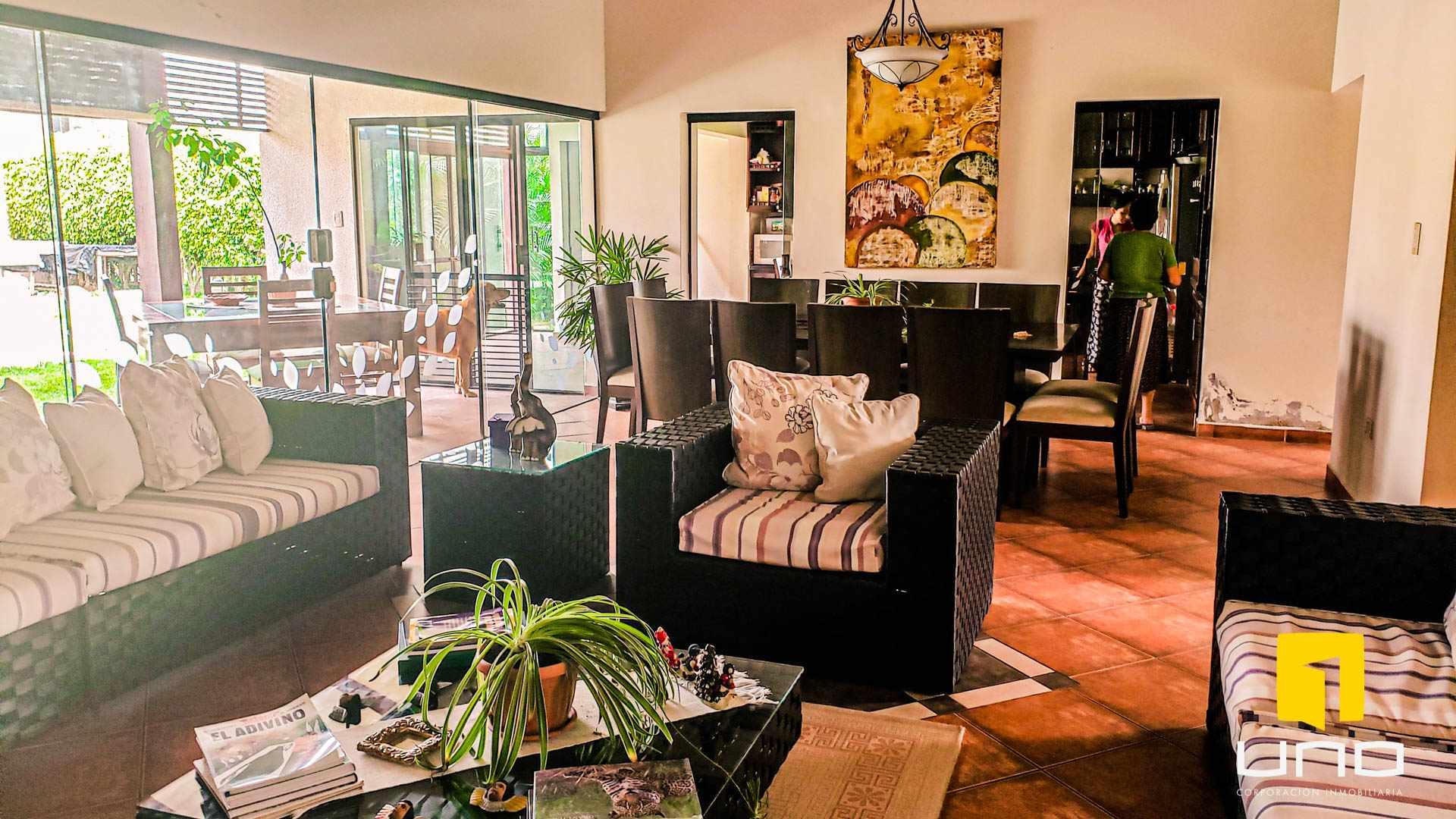 Casa en Alquiler COLINAS DEL URUBO I ALQUILO AMPLIA CASA DE UNA PLANTA Foto 7