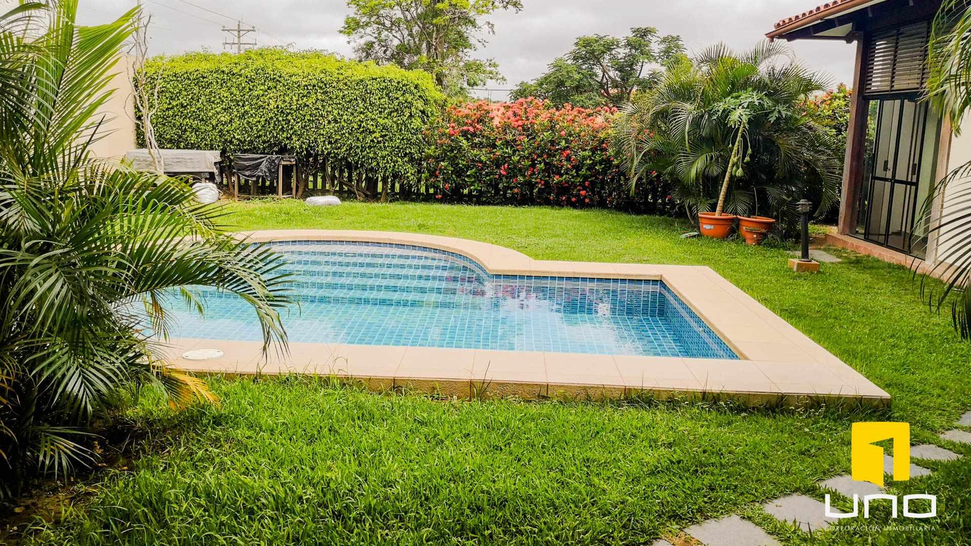 Casa en Alquiler COLINAS DEL URUBO I ALQUILO AMPLIA CASA DE UNA PLANTA Foto 14