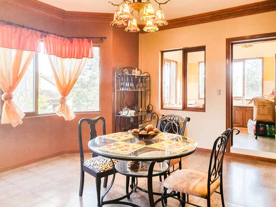 Casa en Venta Hermosa residencia en venta en Cochabamba Foto 11