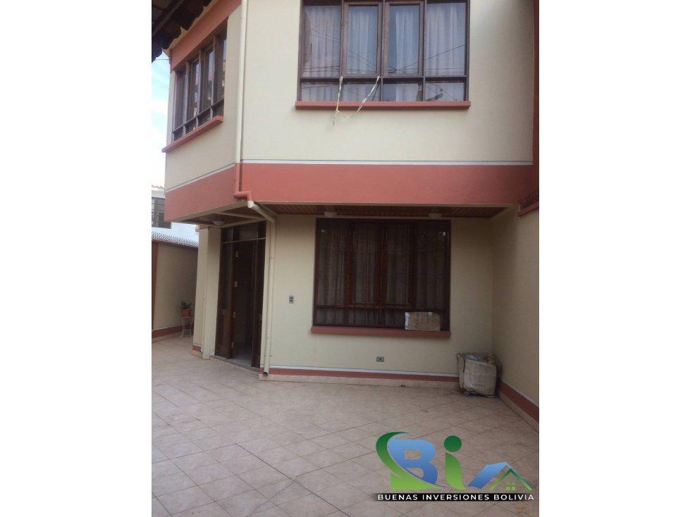 Casa en Alquiler $us1000CASA EMPRESA/FAMILIA PROX PLAZA QUINTANILLA Foto 10