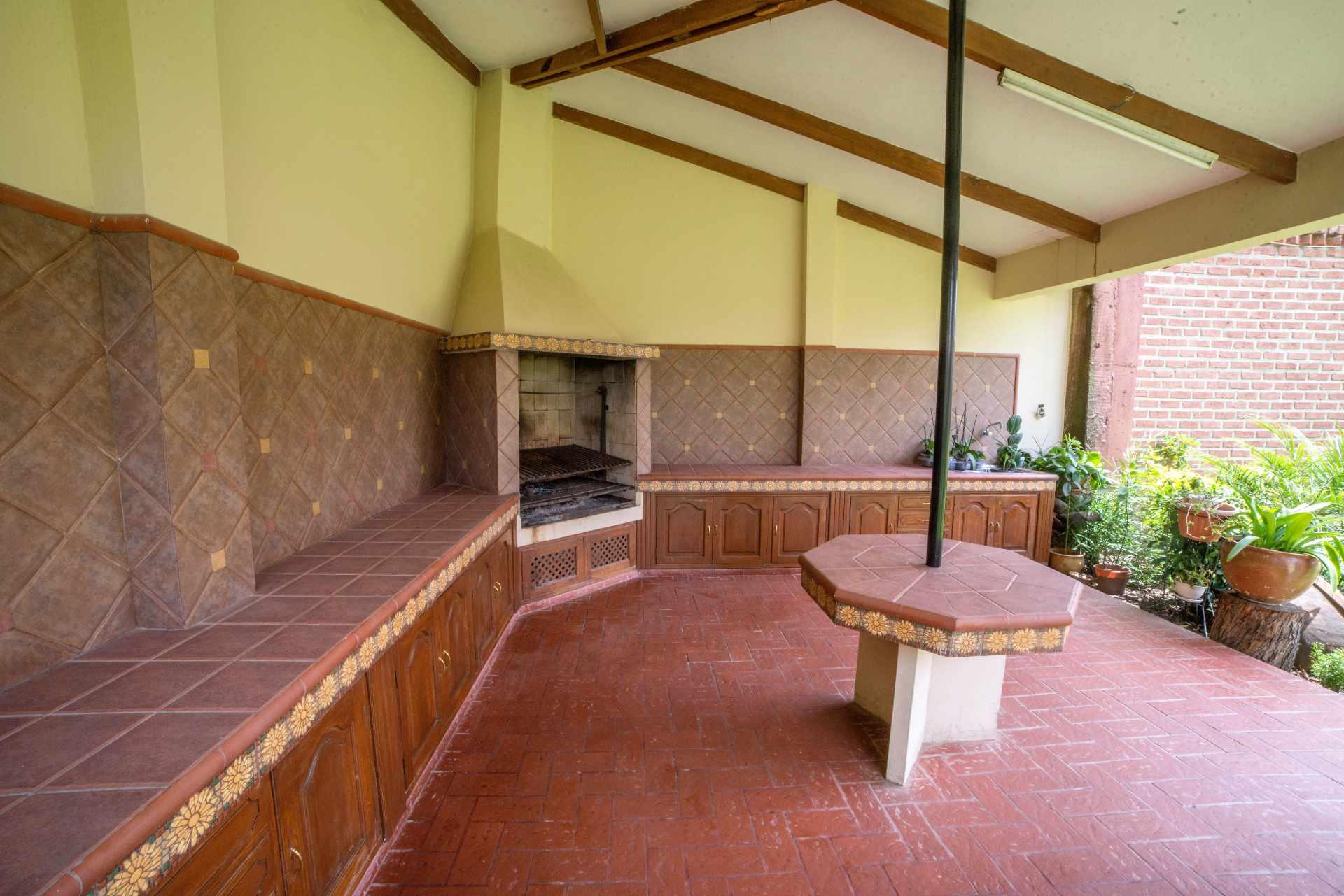 Casa en Venta PRECIOSA Y AMPLIA CASA - ZONA FINAL AMÉRICA OESTE Foto 24