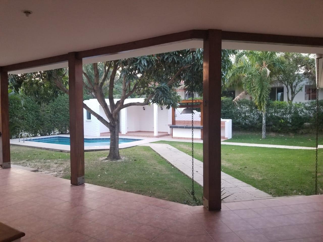 Casa en Alquiler URUBO LA COLINA II Foto 9