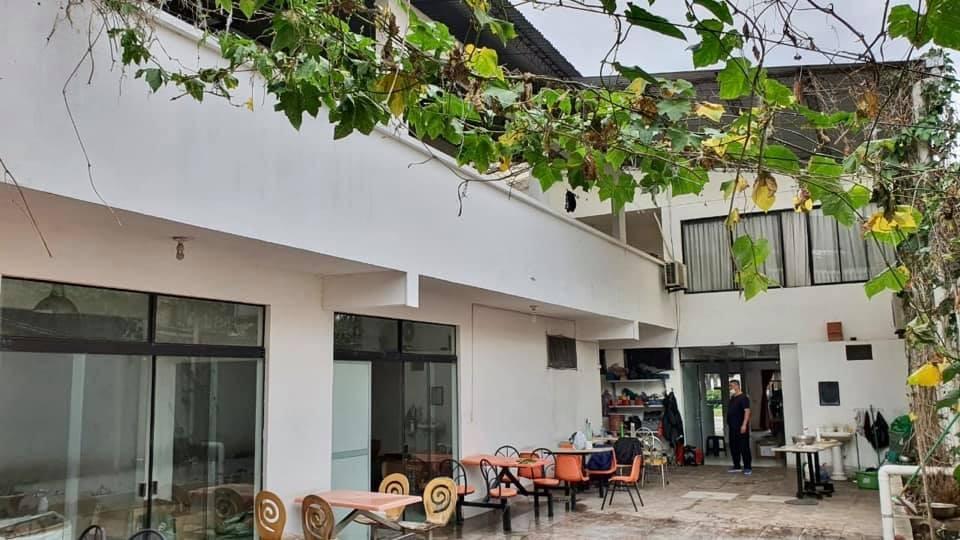 Local comercial en Venta AVENIDA OMAR CHAVEZ Foto 3
