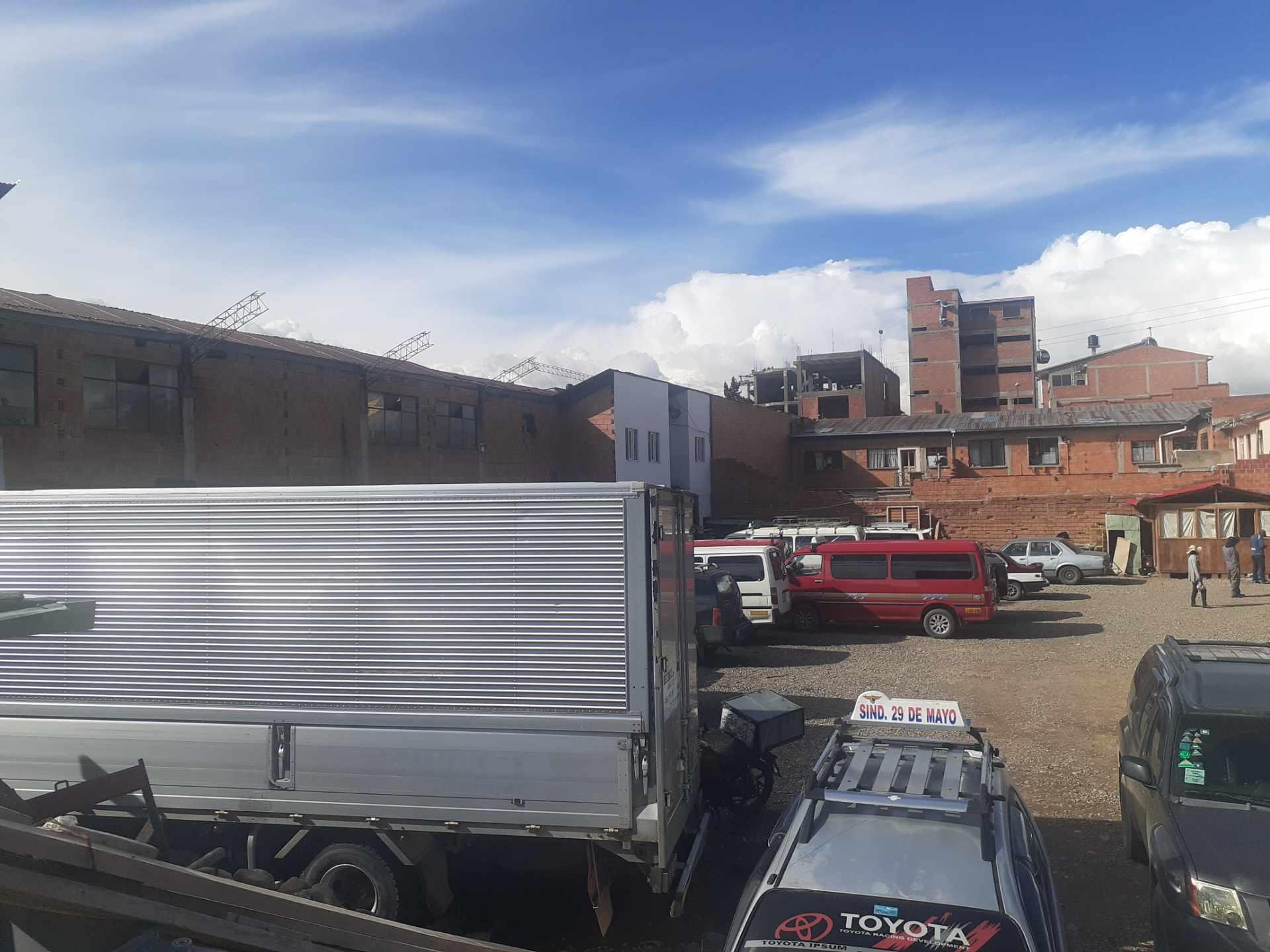 Galpón en Venta Ciudad Satélite, Avenida principal. Foto 4