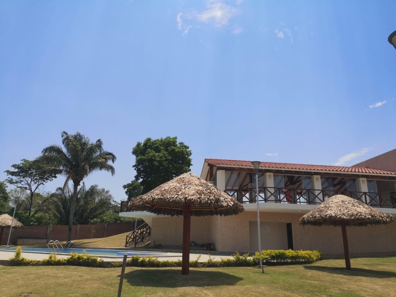 Casa en Venta ¡MODERNA Y AMPLIA CASA EN VENTA EN EL CONDOMINIO CERRADO LOMAS DEL BOSQUE, URUBO! Foto 15