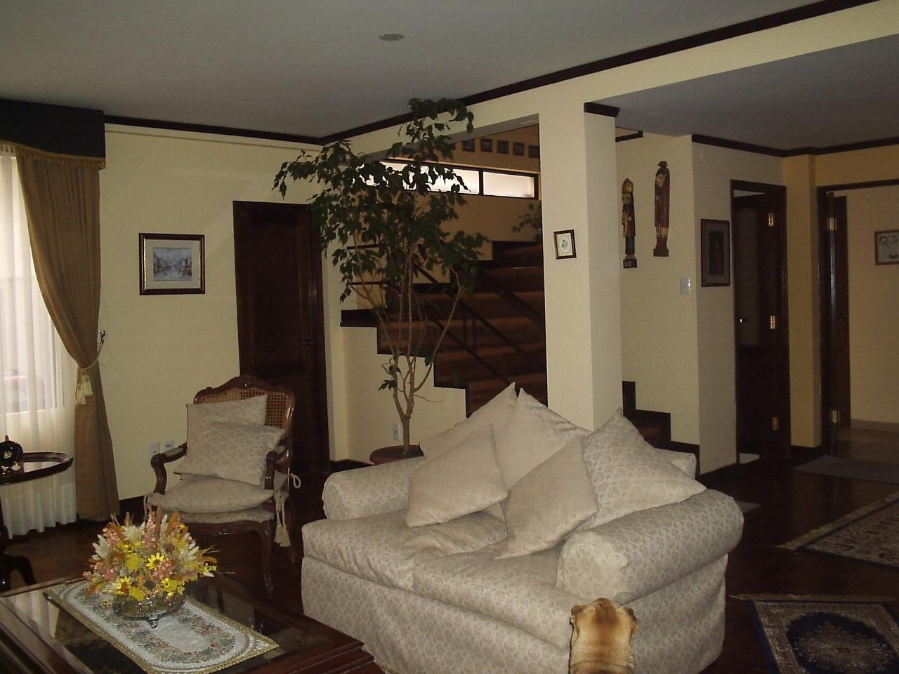 Casa en Venta Achumani inmediaciones calle 25, A pocas cuadras del viaducto San Ramon  Foto 8