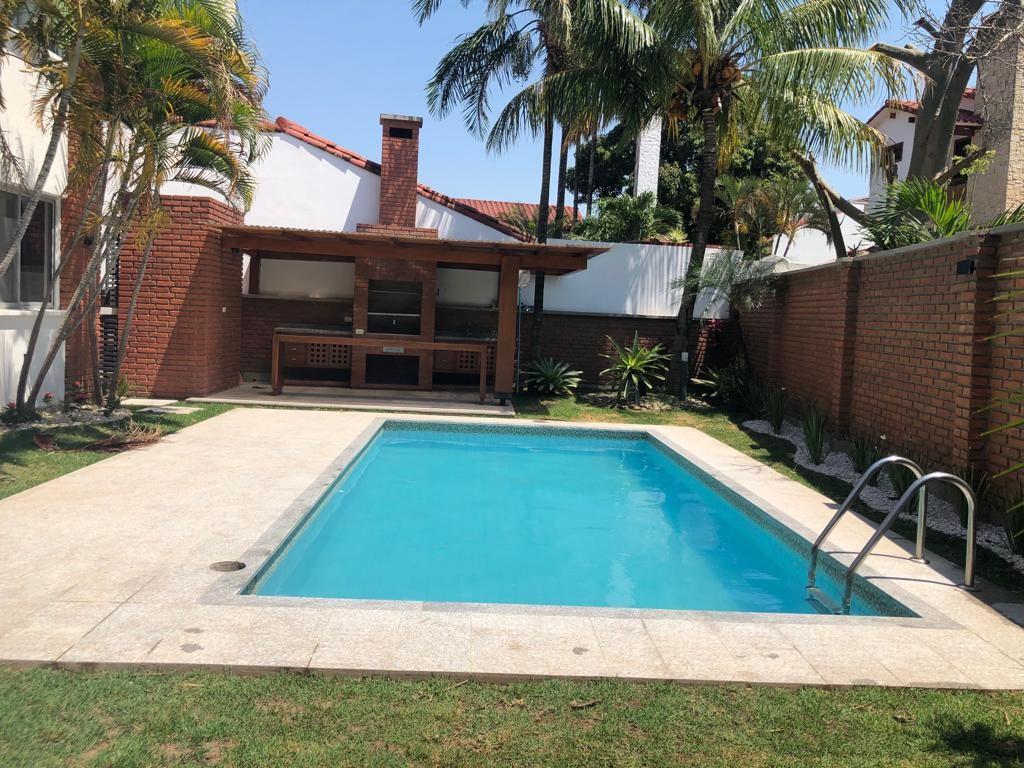 Casa en Alquiler HERMOSA CASA ALQUILER BARRIO NORTE Foto 3