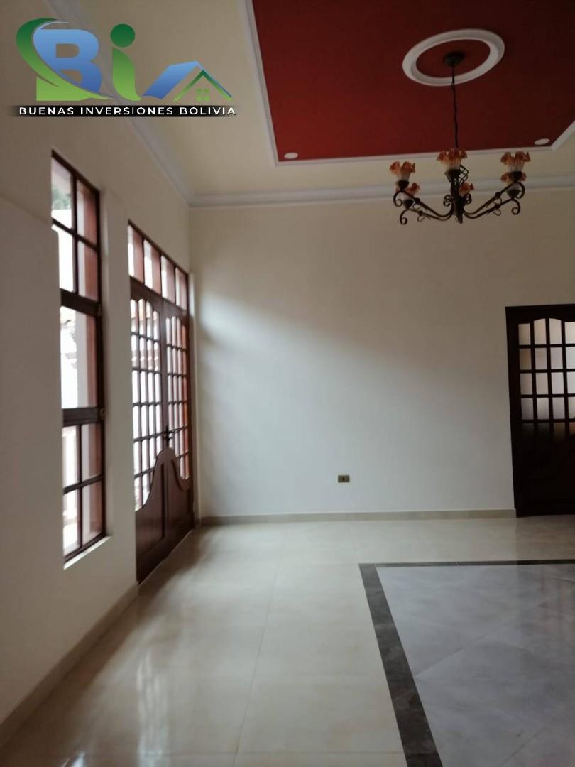 Casa en Venta $us 362.000.- CASA NUEVA PROX. PARQUE LINCOLN Foto 5