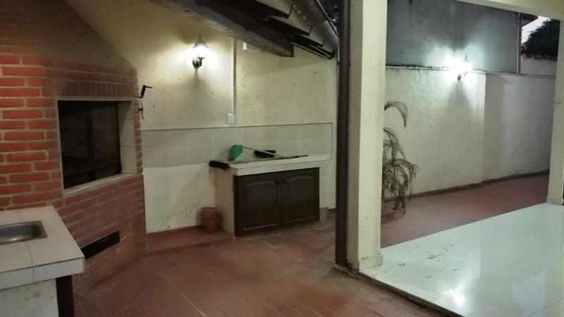 Casa en Alquiler Barrio Urbarí Foto 9