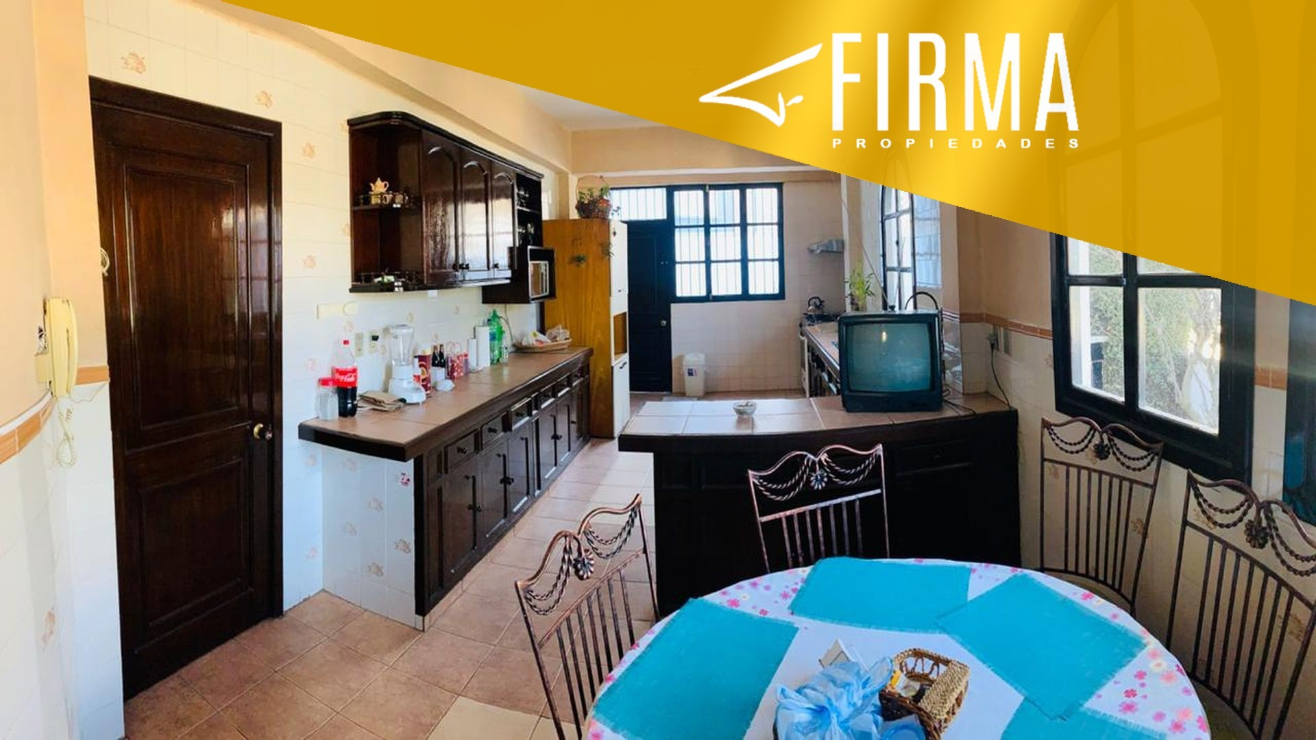 Casa en Venta ACHUMANI FRENTE AL CLUB ALEMAN Foto 9