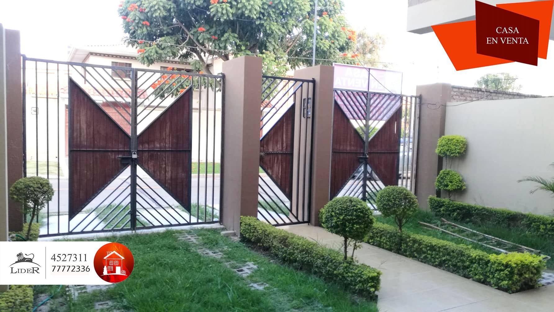 Casa en Venta CHALET PROXIMO AV. AMÉRICA OESTE (BARRIO PROFESIONAL) Foto 2
