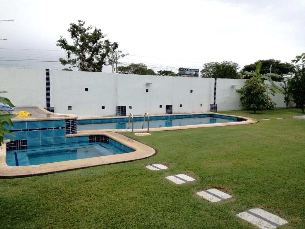 Casa en Alquiler Condominio exclusivo a pocos minutos del puente Urubó  Foto 5