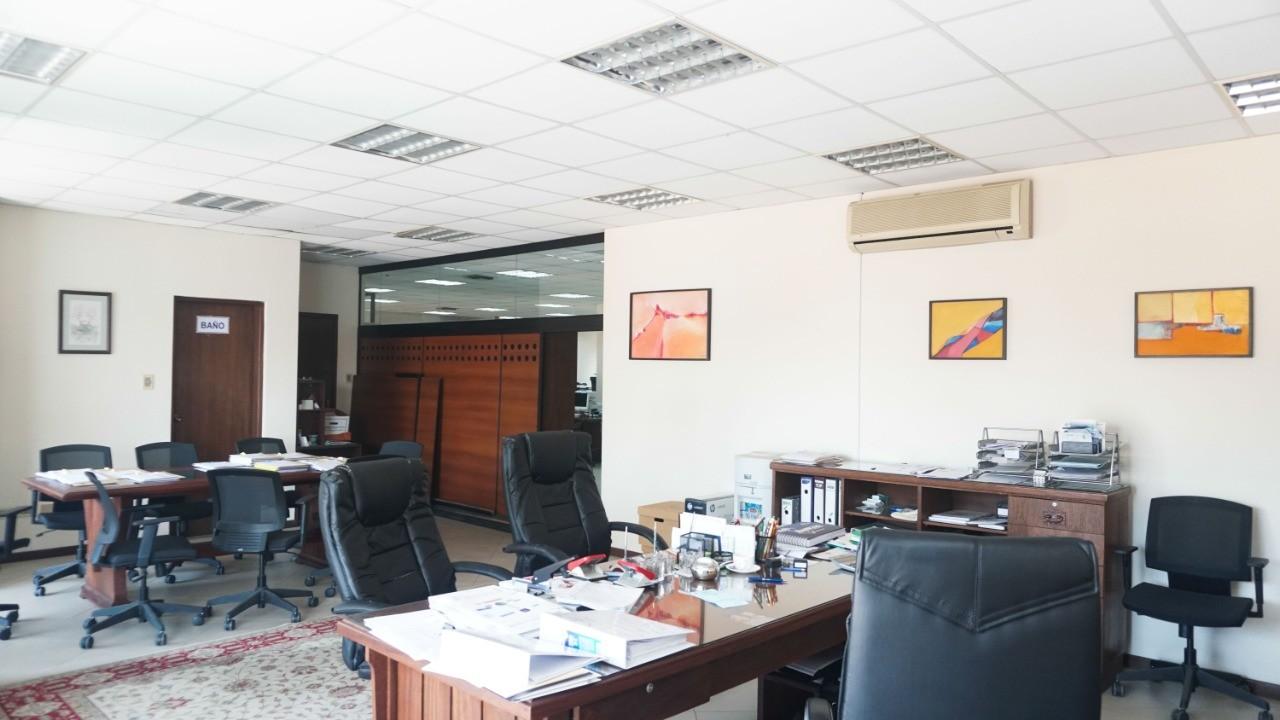 Oficina en Venta C/ Manuel Ignacio Salvatierra entre c/ Potosi y c/ Cochabamba Foto 5