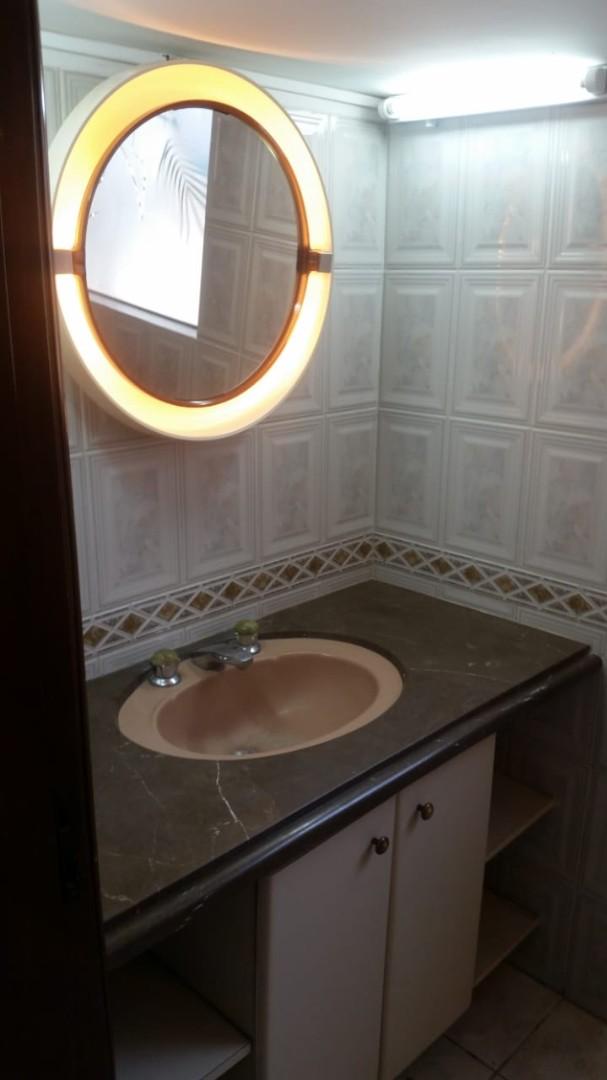 Casa en Alquiler Av. Banzer 4to anillo Foto 9