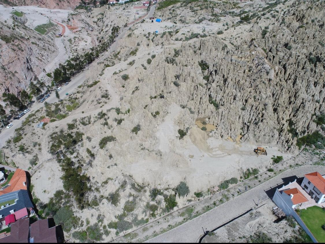 Terreno en Venta Aranjuez LA PAZ Bolivia  Foto 4