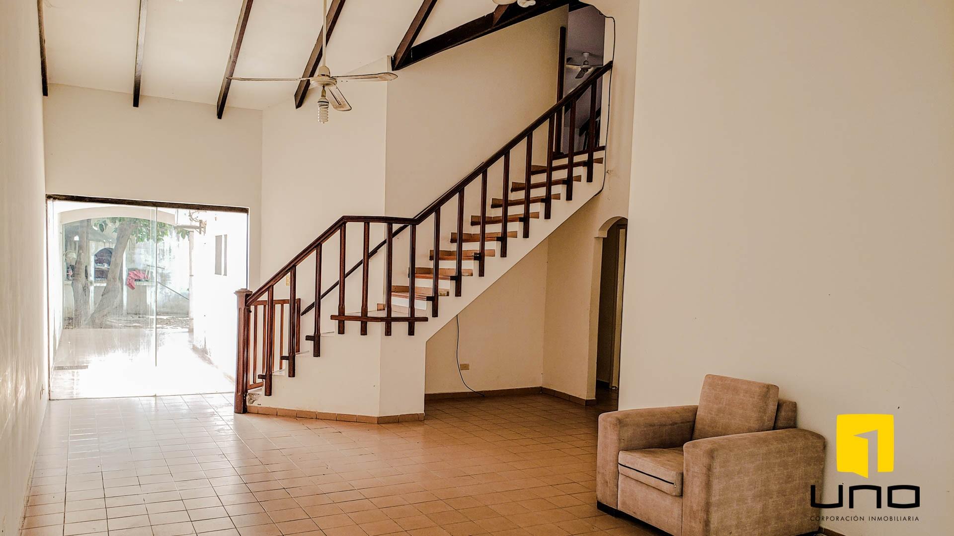 Casa en Venta $us 260.000 VENDO CASA BARRIO LAS PALMAS Foto 16