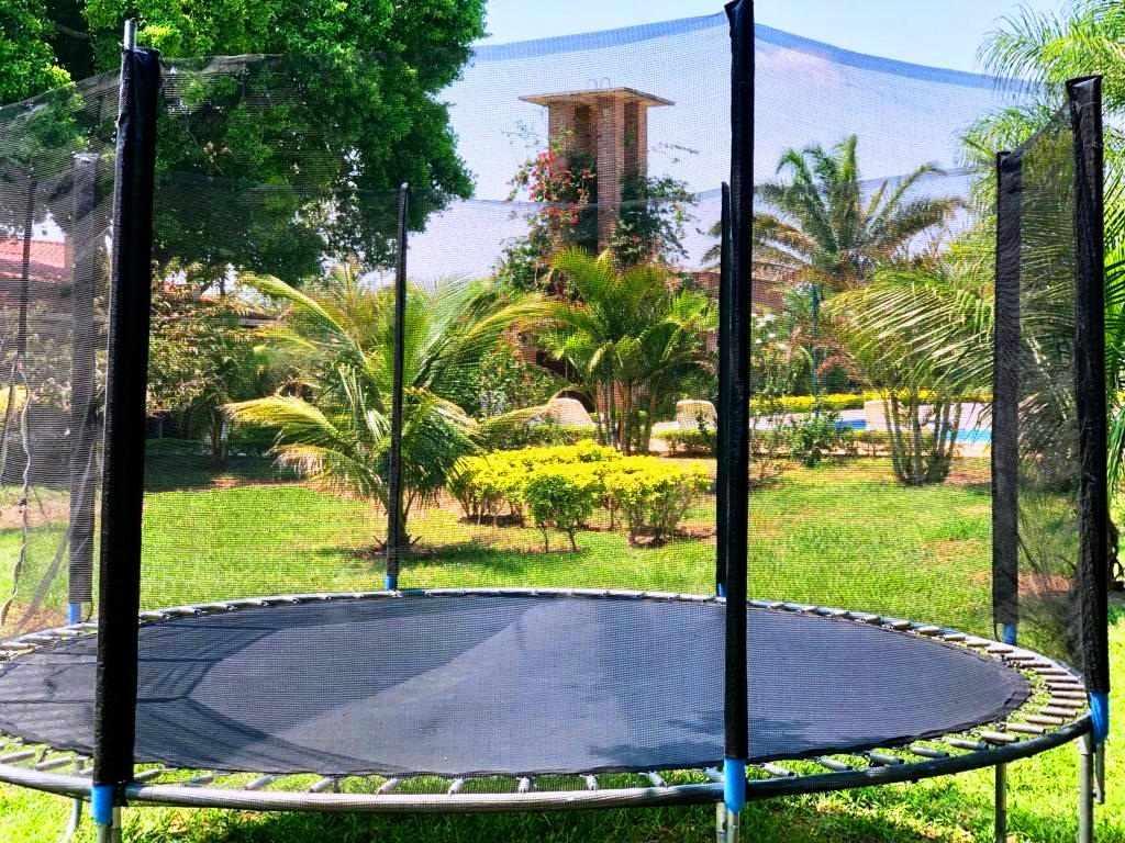 Casa en Venta Sobre el segundo anillo de Warnes a 5 minutos de la plaza principal de Warnes y a 5 minutos del Parque Industrial Latinoamericano.  Foto 5